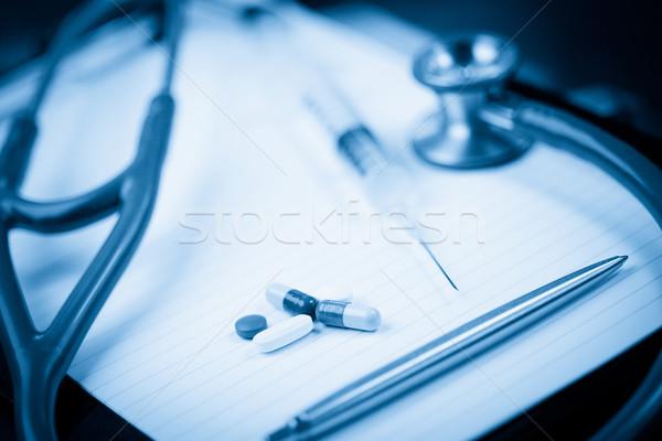 Nota estetoscópio caneta cápsulas azul escuro Foto stock © wavebreak_media