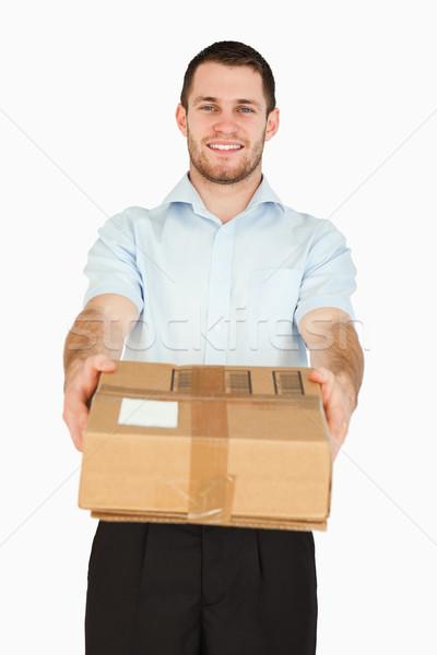 Uśmiechnięty młodych po pracownika biały Zdjęcia stock © wavebreak_media