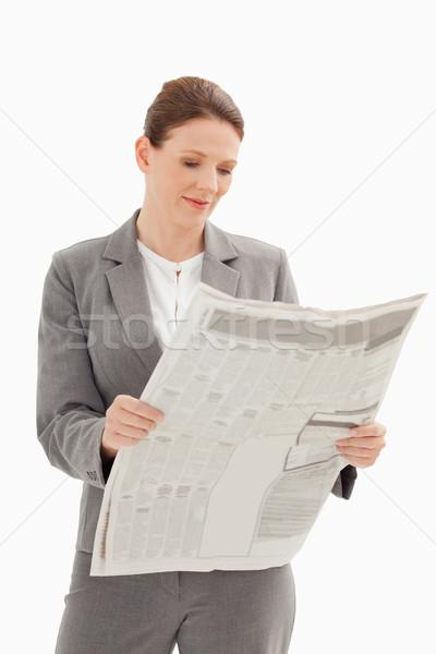 Işkadını okuma gazete iş güzellik haber Stok fotoğraf © wavebreak_media