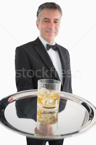 Whisky rocas plata bandeja camarero vidrio Foto stock © wavebreak_media
