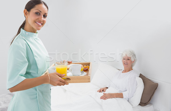 домой медсестры спальня дома кровать Сток-фото © wavebreak_media