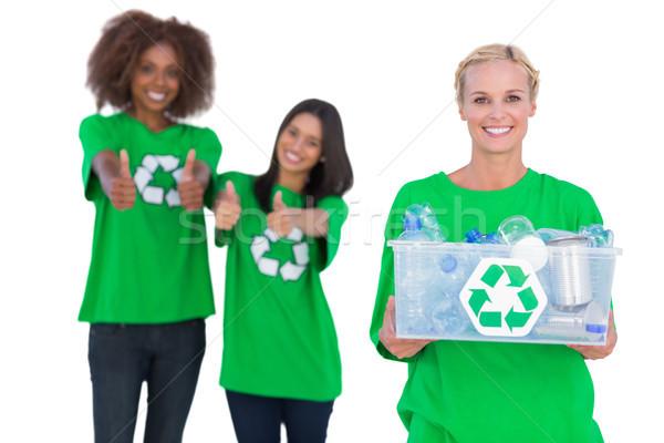 Sorridente ativista reciclagem caixa amigos Foto stock © wavebreak_media