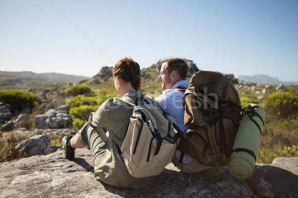 Escursioni Coppia seduta montagna terreno Foto d'archivio © wavebreak_media