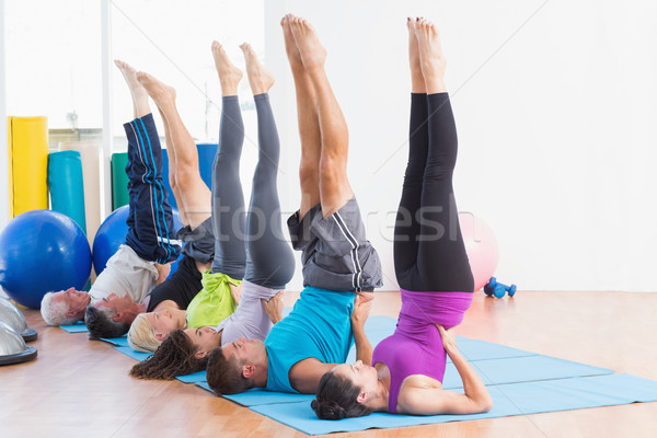 Personnes travaillant sur fitness classe hommes Photo stock © wavebreak_media