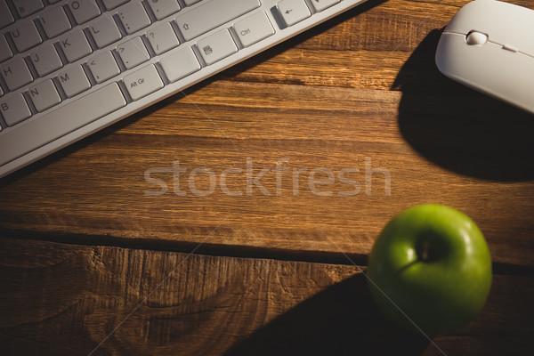 Klavye fare büro iş elma meyve Stok fotoğraf © wavebreak_media