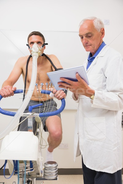 Médecin homme fitness test Photo stock © wavebreak_media