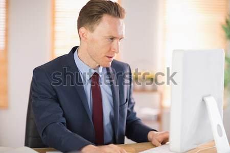 スタイリッシュ ビジネスマン 作業 デスク オフィス マウス ストックフォト © wavebreak_media