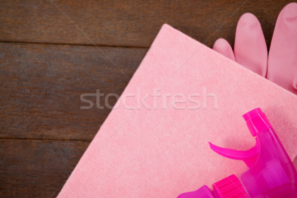 Rosa cor spray garrafa esponja luva Foto stock © wavebreak_media