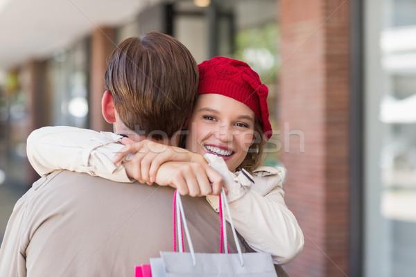 Gülen mutlu kadın erkek arkadaş alışveriş merkezi Stok fotoğraf © wavebreak_media