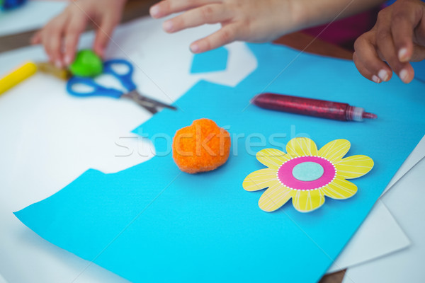 Lányok készít művészetek iparművészet együtt asztal Stock fotó © wavebreak_media