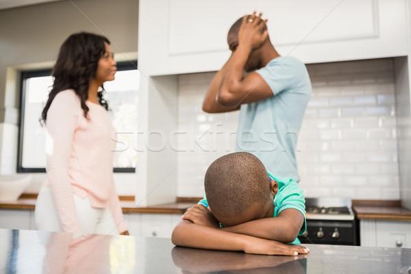 матери отец кухне вокруг сын Сток-фото © wavebreak_media