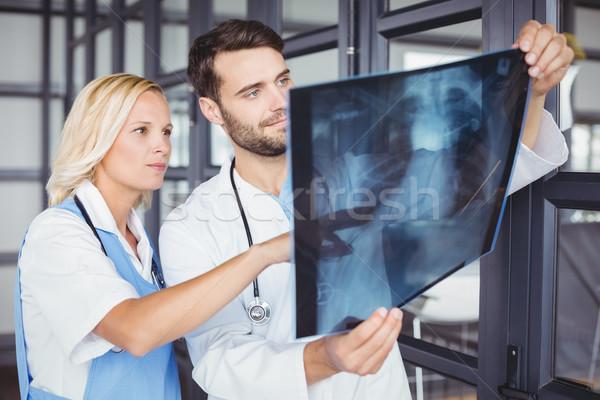 врач Xray Постоянный женщину медицинской рабочих Сток-фото © wavebreak_media