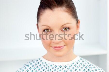 Retrato encantado feminino paciente sorridente câmera Foto stock © wavebreak_media
