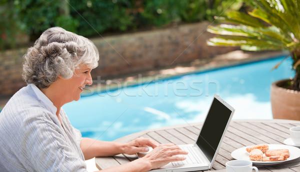 Stock fotó: érett · nő · dolgozik · laptop · üzlet · boldog · egészség