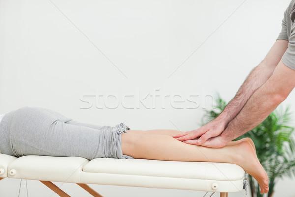 Masażysta kobieta pokój Zdjęcia stock © wavebreak_media