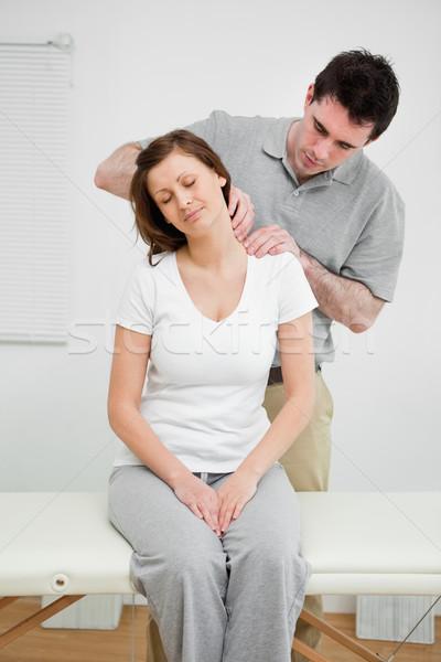 穏やかな 女性 痛い 首 医療 オフィス ストックフォト © wavebreak_media