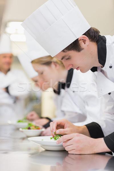 Gasztronómiai osztály készít tanár néz boldog Stock fotó © wavebreak_media