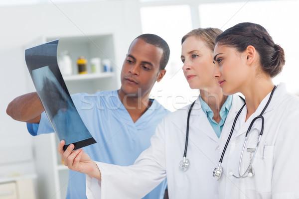 Medische team Xray ziekenhuis verpleegkundige praten Stockfoto © wavebreak_media