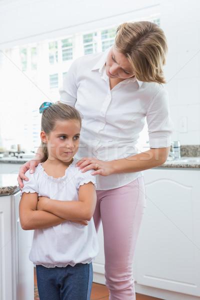 Mère fille argument maison cuisine femme Photo stock © wavebreak_media