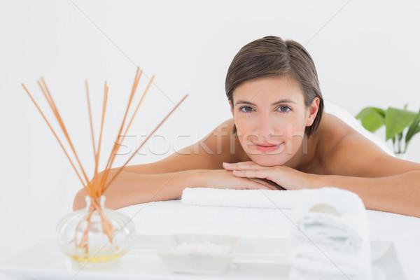 Bela mulher massagem tabela belo mulher jovem Foto stock © wavebreak_media