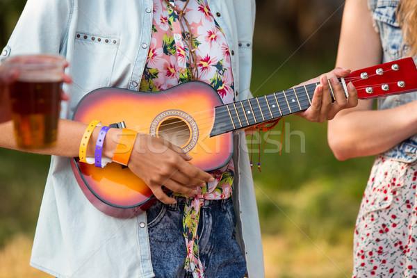 Hipszterek szórakozás táborhely napos idő férfi nyár Stock fotó © wavebreak_media
