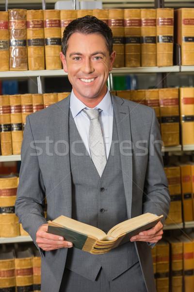 ügyvéd olvas könyv törvény könyvtár egyetem Stock fotó © wavebreak_media