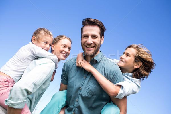 Heureux parents enfants campagne amour homme Photo stock © wavebreak_media