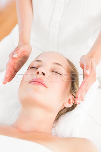Donna reiki trattamento pelle Foto d'archivio © wavebreak_media