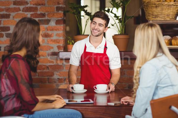 笑みを浮かべて ウェイター 2 コーヒーショップ ストックフォト © wavebreak_media