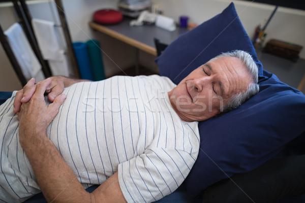 Magasról fotózva kilátás idős férfi alszik ágy Stock fotó © wavebreak_media