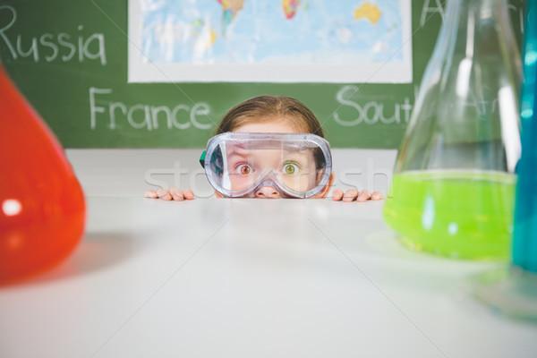 écolière chimiques expérience laboratoire école fille Photo stock © wavebreak_media