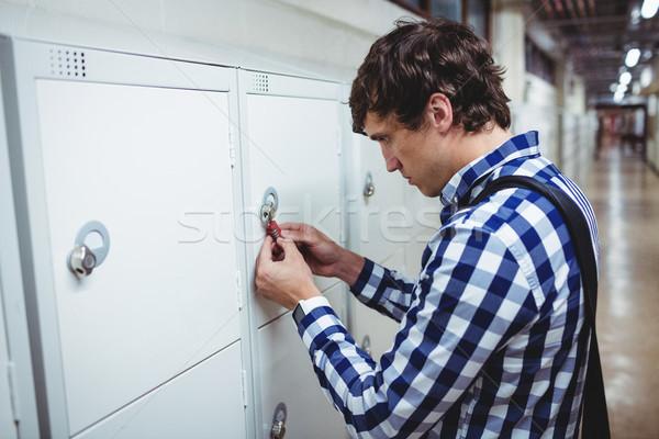 Student opening kastje college man slot Stockfoto © wavebreak_media