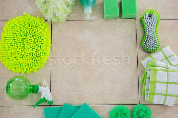 Kilátás zöld takarítószerek padló fa ecset Stock fotó © wavebreak_media