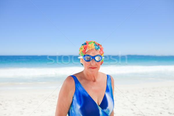 Senior donna costume da bagno spiaggia ragazza sorriso Foto d'archivio © wavebreak_media