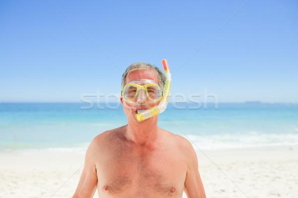 Kıdemli adam maske şnorkel kız gülümseme Stok fotoğraf © wavebreak_media