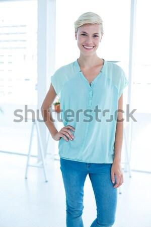 Sarışın kadın poz stüdyo gülümseme mutlu Stok fotoğraf © wavebreak_media