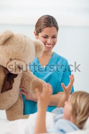 Infirmière Nounours hôpital médicaux santé Photo stock © wavebreak_media