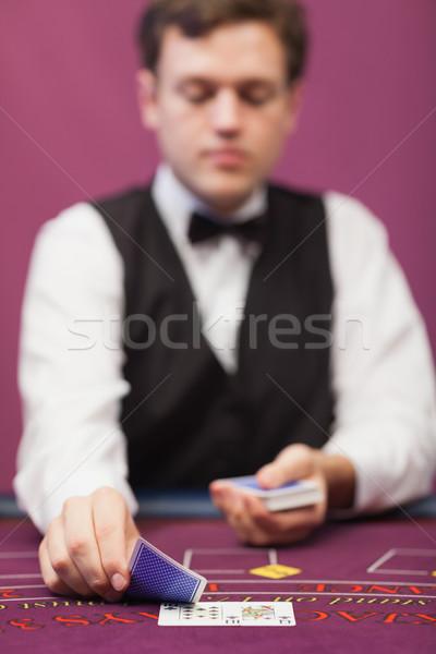 ディーラー 座って 表 カジノ カード ストックフォト © wavebreak_media