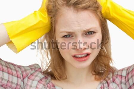 Jeunes bouleversé corvée femme jaune Photo stock © wavebreak_media