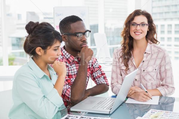 Nadenkend teamwerk laptop kantoor computer Stockfoto © wavebreak_media