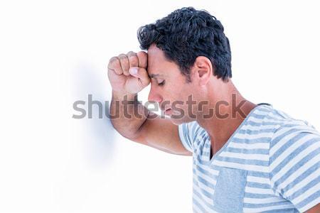 Triste hombre cabeza pared blanco Foto stock © wavebreak_media