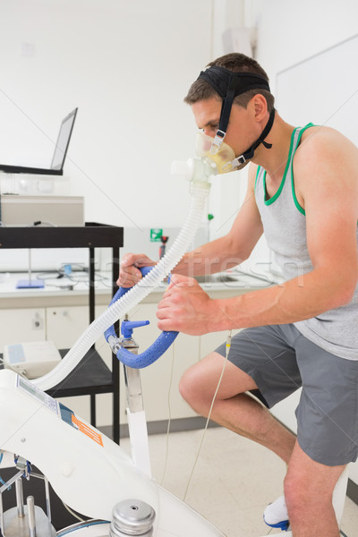 Adam uygunluk test egzersiz bisiklet tıbbi Stok fotoğraf © wavebreak_media