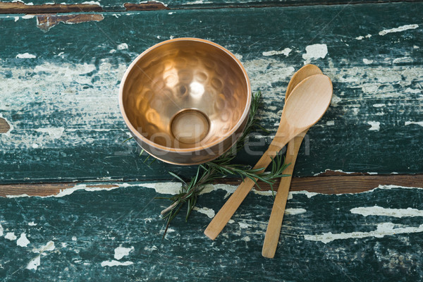 Dourado aço tigela colher tabela Foto stock © wavebreak_media