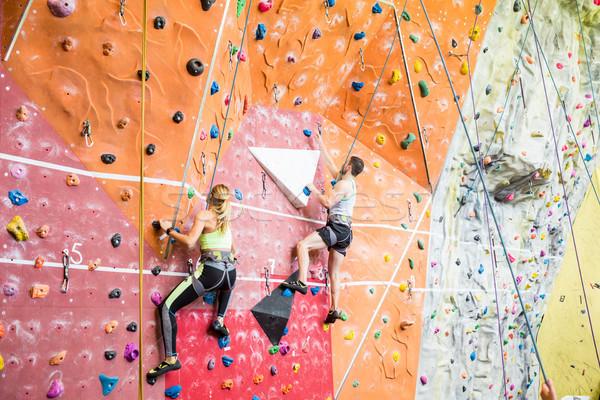Fitt pár hegymászás bent tornaterem nő Stock fotó © wavebreak_media