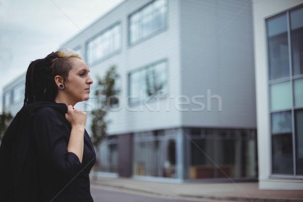 Femme d'affaires bureau campus femme Photo stock © wavebreak_media