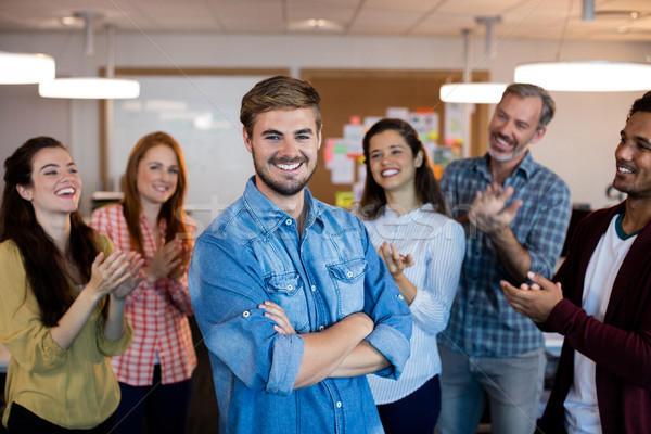Zdjęcia stock: Szczęśliwy · twórczej · zespół · firmy · sukces · biuro