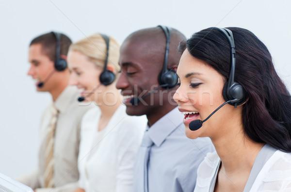 多元文化 商界人士 工作的 呼叫中心 辦公室 計算機 商業照片 © wavebreak_media