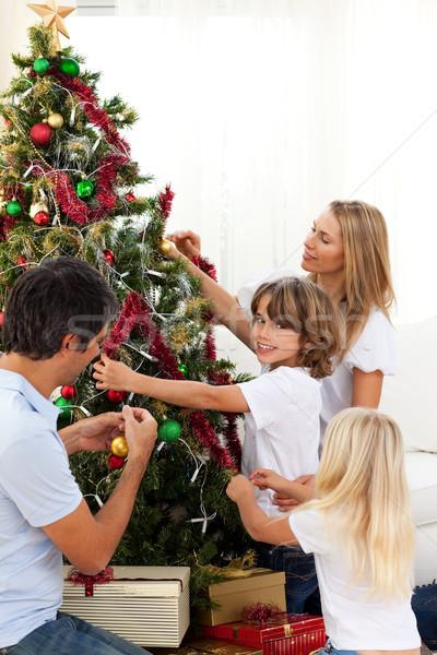 Boldog család karácsonyfa otthon család szeretet férfi Stock fotó © wavebreak_media