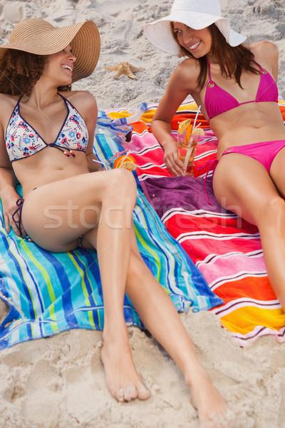 Stok fotoğraf: Plaj · kokteyller · gülme · birlikte · güneş