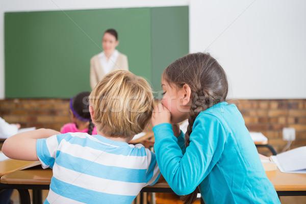élèves chuchotement secrets classe école élémentaire fille Photo stock © wavebreak_media